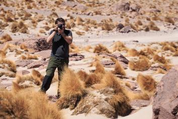 Além das lhamas, havia um ser chamado turista no deserto