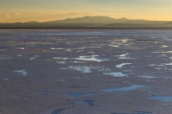 A geleira está derretendo.